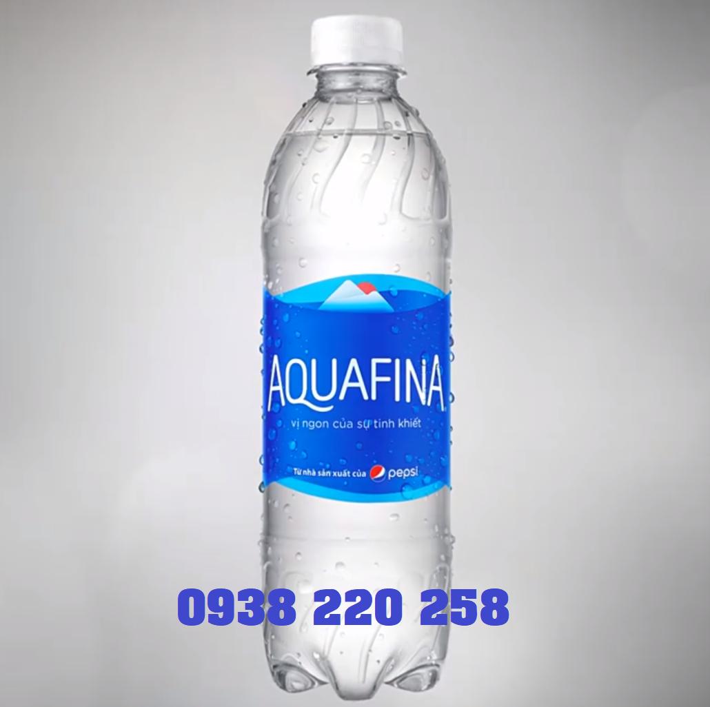 Thùng nước Aquafina 1.2l thùng 12 chai có giá 100.000đ/thùng