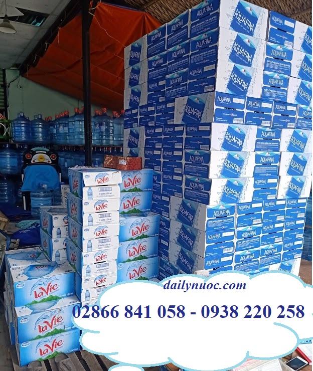Đại lý cung cấp thùng nước Aquafina uy tín và chất lượng tại TPHCM